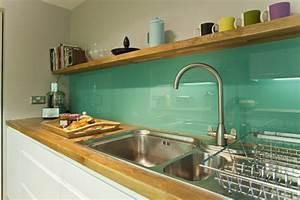 Wandverkleidung Küche Glas : k chenr ckwand aus glas als ein gl nzendes element ~ Markanthonyermac.com Haus und Dekorationen