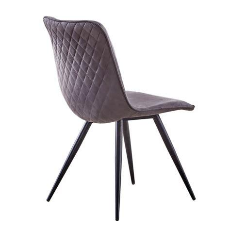 Une chaise de salle à manger qui convainc par son assise recouverte d'un velours rose foncé et ses pieds en métal doré de forme filigrane. Chaise de salle à manger design en tissu gris (lot de 4 ...