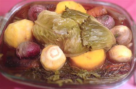 cuisson de la poule au pot recette poule au pot aux l 233 gumes chatoyants omnicuiseur