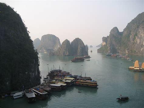 tempat wisata  vietnam  terkenal menarik yoshiewafa