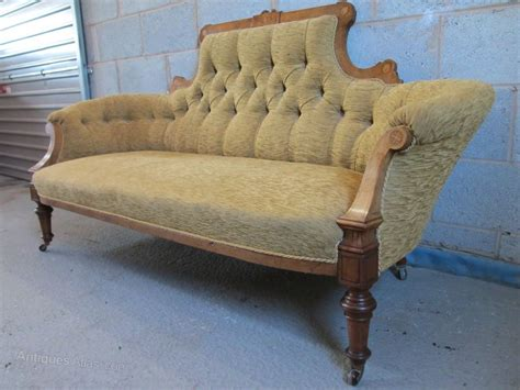 Settee Wood by Walnut Boxwood Strung Show Wood Settee Antiques Atlas