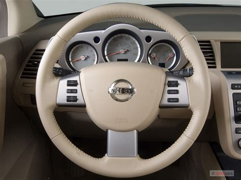 image  nissan murano awd  door se steering wheel