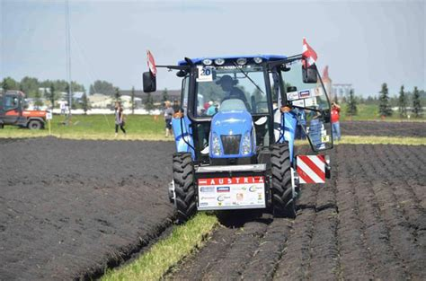 World Ploughing Champ Tire Goes