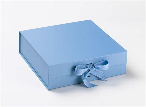 Sample New Serenity Pale Blue Large Gift Box With Ribbon