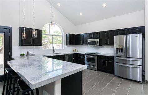 grey cabinets kitchen 27 gorgeous kitchen peninsula ideas pictures calacatta 1484