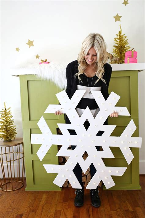 Large Up Decorations by To Make This Snowflake Marquee Click Through