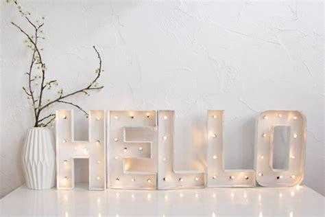 guirlande lumineuse chambre gar n diy lettres lumineuses hëllø blogzine