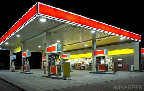 How Do I Become A Gas Station Owner? (with Pictures