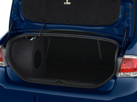 image  ford focus  door sedan se trunk size