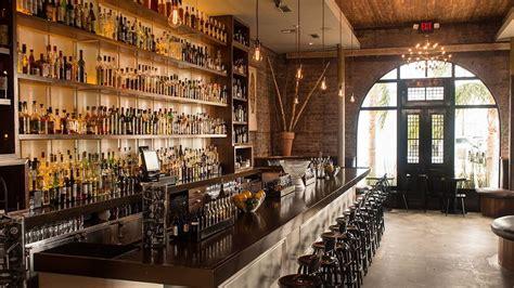 sitios donde parar  tomar  trago en nueva orleans