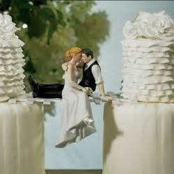 wedding cake toppers weirdomatic