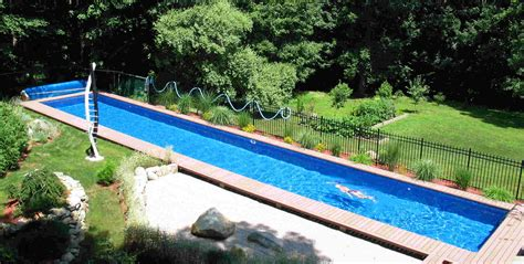 Pool. How Much Swimming Pool Cost In Modern Home Backyard