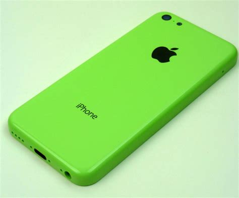 green iphone photos apple iphone 5c in green housing