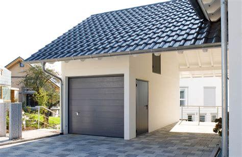 Altes Haus Mit Neuer Garage Aufwerten Fachvereinigung