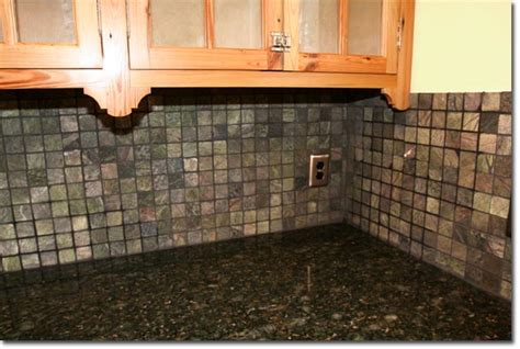 green verde butterfly granite with backsplash pictures to