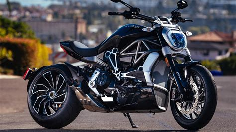 Ducati Diavel 2017 Wallpapers