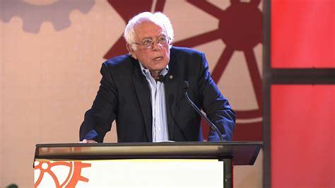 bernie sanders  resisting trump   democratic