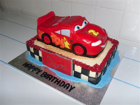 Novelty Wedding Cars by Novelty Cars 2 Tier Cake S Heavenly Cakes