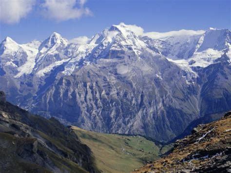 eiger monch jungfrau mountains bernese oberland swiss