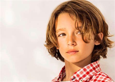 Haarschnitte Und Kinderfrisuren Für Kleine Jungs Für Sommer