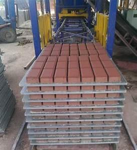 Fabrication Du Béton : qt4 15 pvc palette pour bloc de b ton de ciment usine de ~ Premium-room.com Idées de Décoration