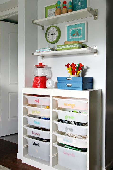 12 Fail Proof Steps to Playroom Perfection   Modern Parents Messy Kids