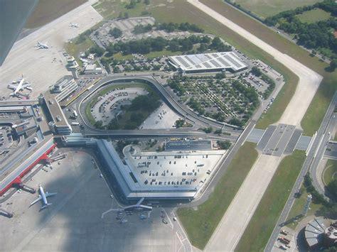 si e d air aeroporto di berlino tegel