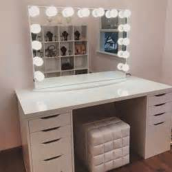 Makeup Vanity Table With Lights Ikea by 25 Best Ideas About Vanity Tables On Dressing