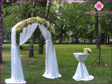 Faire arche de mariage: trouver une solution créative!