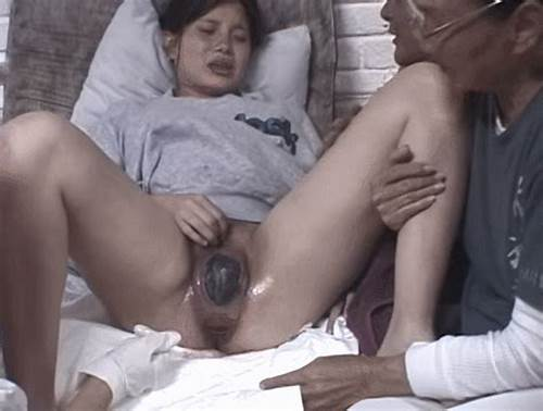 Free porn giving birth Pregnant Babe Just Before Giving Birth Free Porn