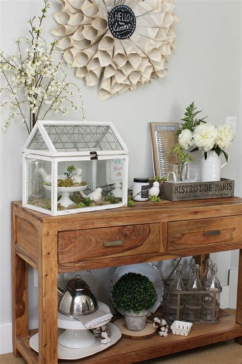 farmhouse style summer home  clean  scentsible