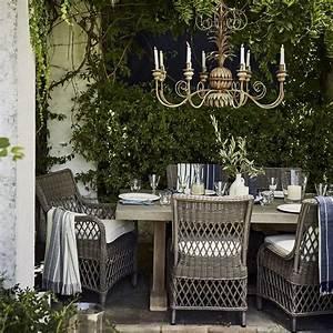 gartenmobel o bilder ideen o couchstyle With französischer balkon mit kerzen kronleuchter garten