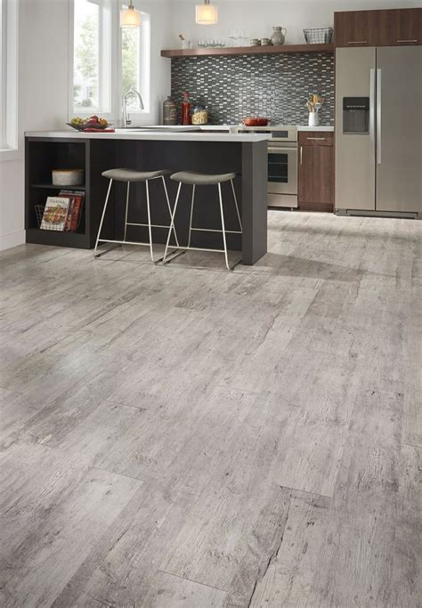kitchen with laminate flooring 271 best summer projects images on flooring 6525