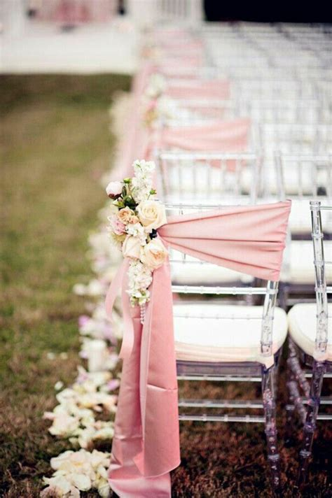 ou trouver des housses de chaises choisir la décoration originale pas cher et jetable pour