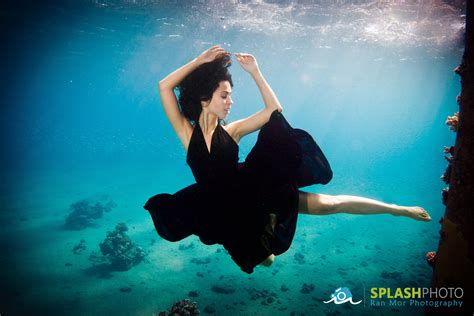 photograph people underwater mozaik uw
