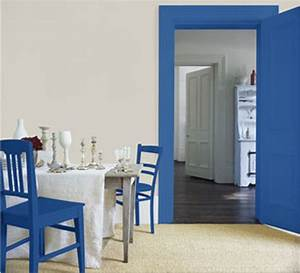 14 idees couleur deco pour associer du gris a un bleu With deco cuisine avec chaise de salle a manger de couleur