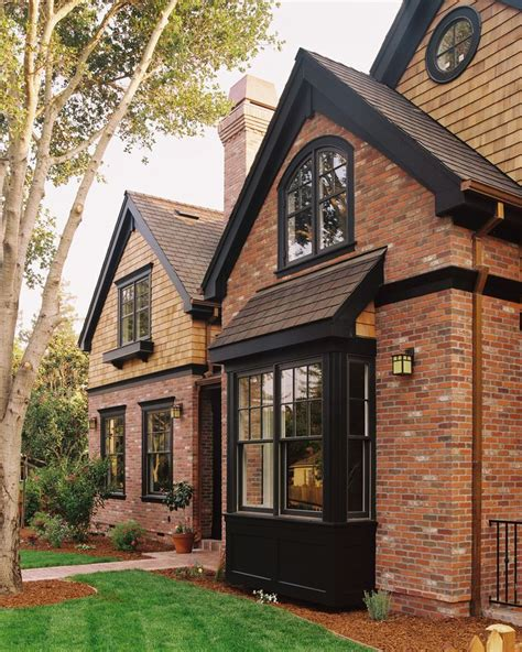 1000 ideas about brick house trim on brick