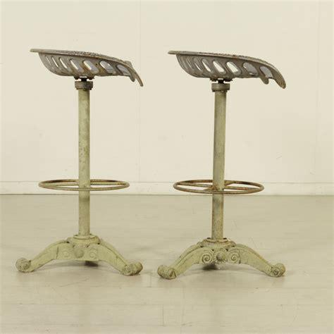 sgabelli in ferro coppia di sgabelli in ferro liberty bottega 900