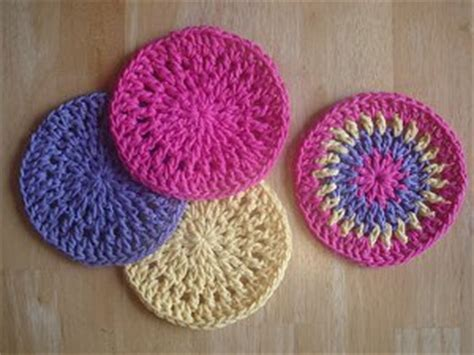 free crochet patterns for kitchen accessories diy home decor 19 free crochet kitchen and dining 8269