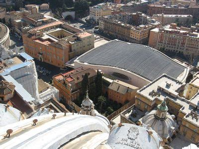 ingresso sala nervi vatican walking tour rome italy