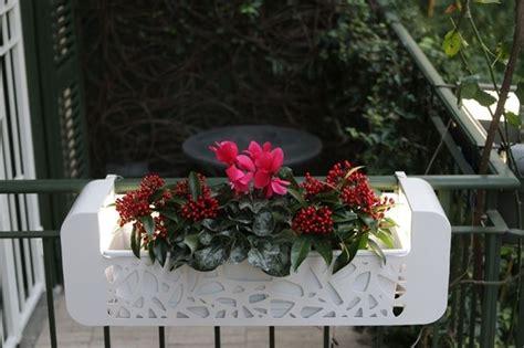 fioriere terrazzo fioriere da terrazzo vasi e fioriere vasi per il terrazzo
