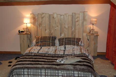 planche de bois laque tete de lit en planche de bois