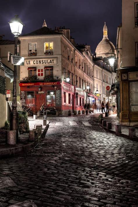 Le Consulat Montmartre Paris France Lamplight