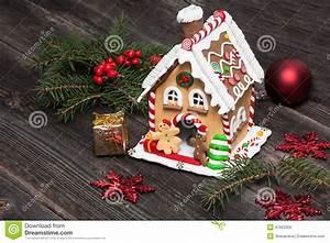 Kit Maison En Pain D épice : maison de pain d 39 pice d coration de no l photo stock ~ Teatrodelosmanantiales.com Idées de Décoration