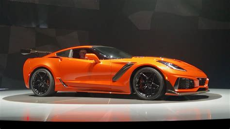 top exterior paint colors 2019 corvette zr1 750 hp