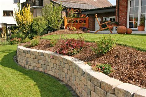 Gartendeko Varel by Leichtbetonsteine Gartenmauer Setzt Akzente