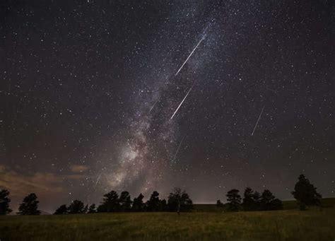 eta aquarid meteor shower   halleys comet