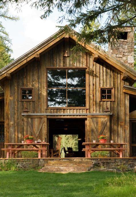 Rusticmodern Barn In The Swan Mountain Range Barn