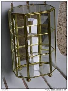 Petite Vitrine En Verre : 1000 id es propos de vitrine en verre sur pinterest ~ Dailycaller-alerts.com Idées de Décoration
