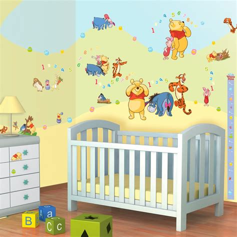 chambre winnie l ourson 79 stickers winnie l 39 ourson disney walltastic sticker